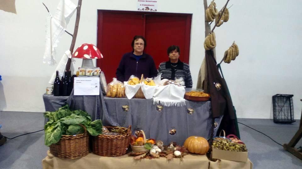 O Centro de Dia de Carapito também esteve representado, promovendo produtos locais (Foto de Filipe Pinto).