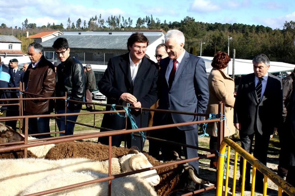Presidente da CIM Dão Lafões, Dr. José Morgado, com o Presidente da Câmara Municipal de Aguiar da Beira, Prof. Joaquim Bonifácio (foto Município de Aguiar da Beira).