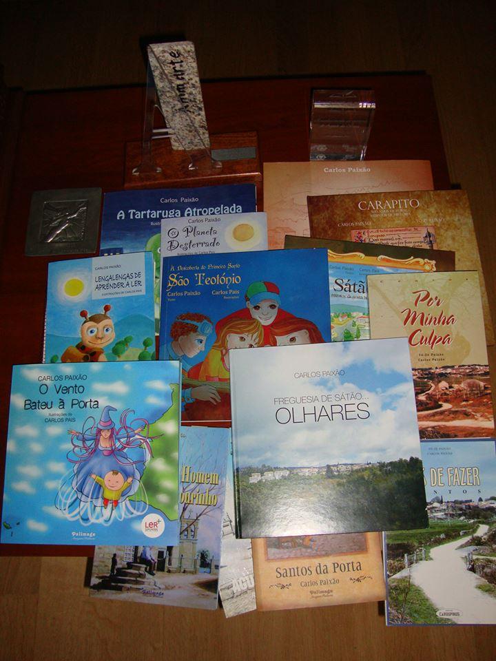 Os 14 títulos publicados por Carlos Paixão entre 1995 e 2016.