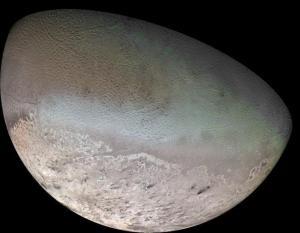 Tritão, lua de Neptuno